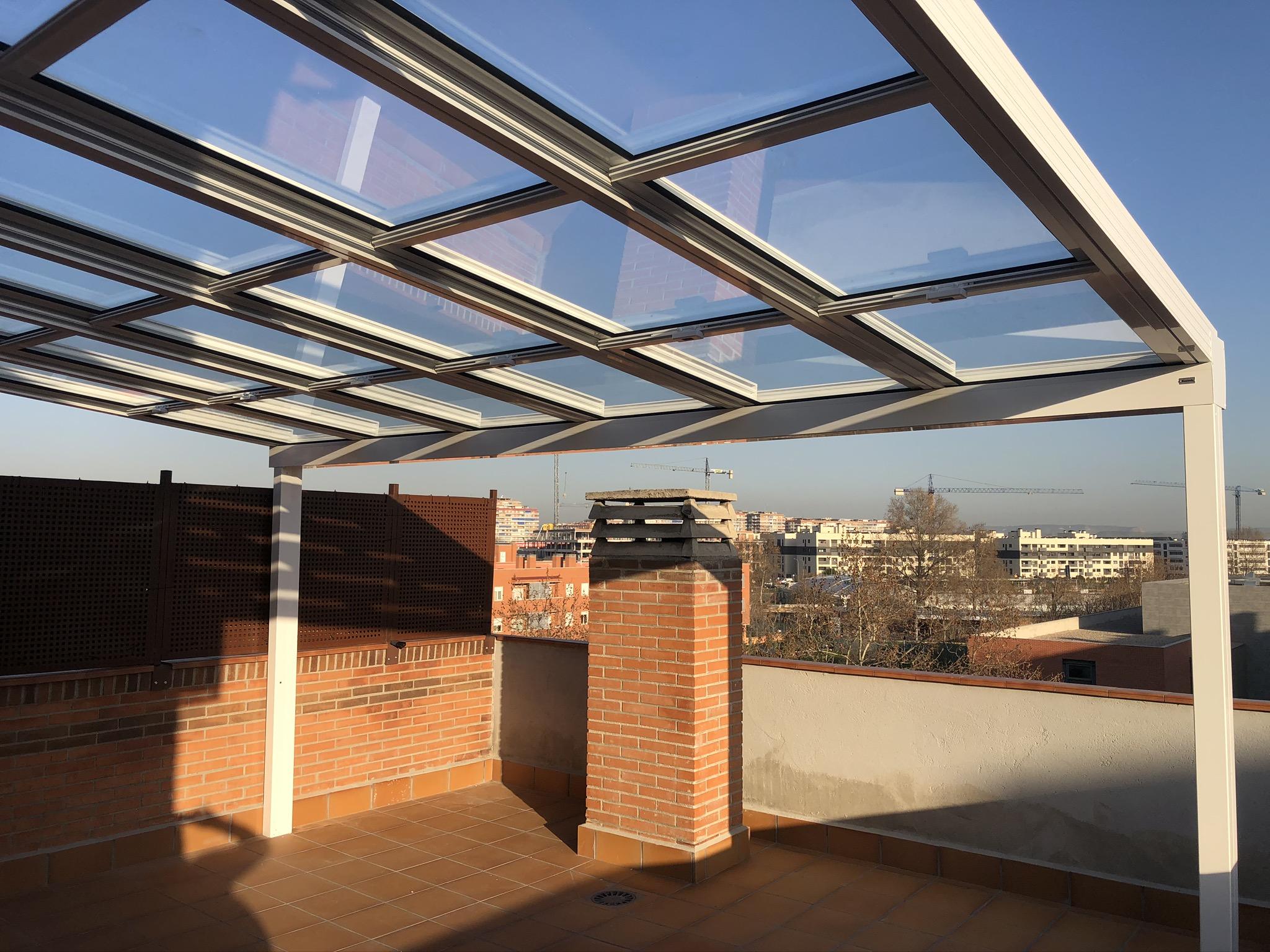 Instalación de Techo Móvil en Madrid Personalizada.